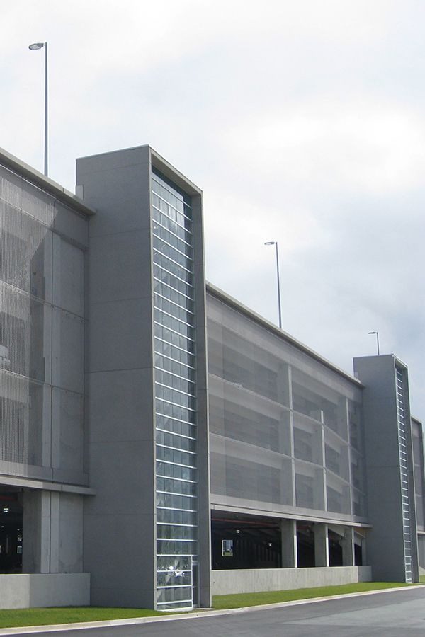 HAVER Architectural Mesh facade at Halifax Int'l Airport Parkade. NORR Architects.
