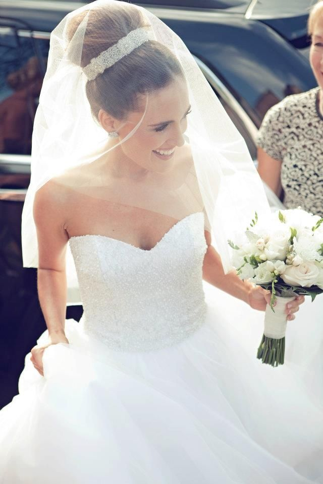 top knot bun for brides