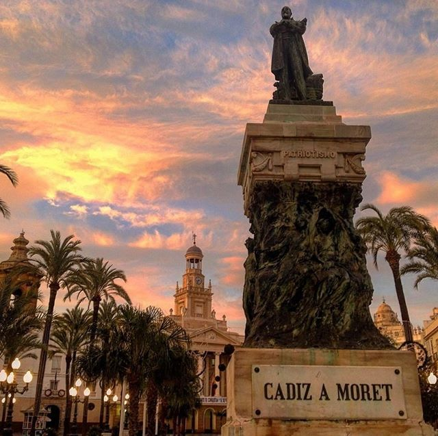 Sunset from Plaza de San Juan de Dios in Cádiz.  The colours of the sunset in the pearl of the Mediterranean are just astonishing.  #Cadiz #Spain #Andalucia #sunset #tours #visitspain