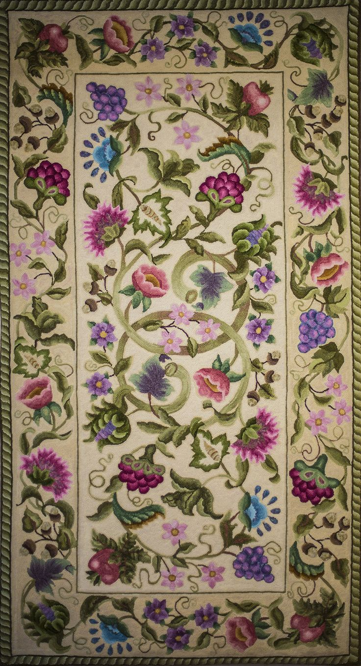 I did this Peral McGown rug in different colors. You can see it here: http://pinterest.com/pin/35114072065003249/ Green Mountain Rug Hooking Guild - 2012 Viewer's Choice Winners.