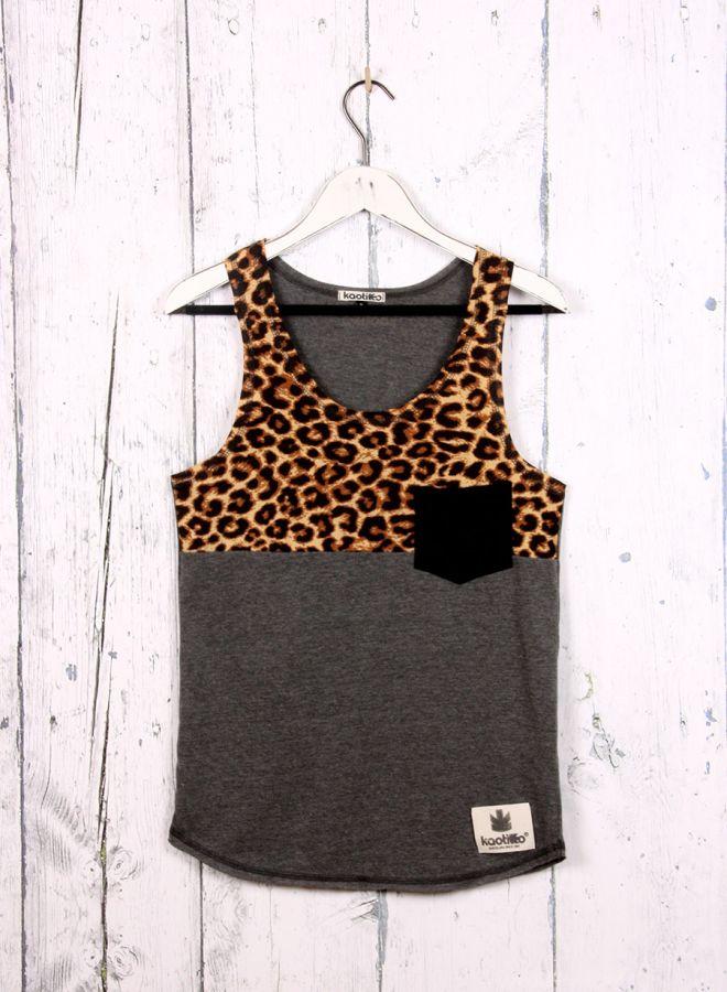 KaotikoBCN - Moda Mujer - camiseta GYM INFINITO CORAL FLUOR