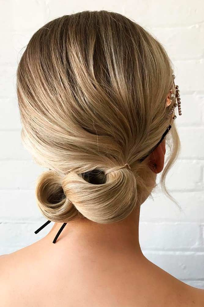 Discover The Latest Easy Updos That Will Make You Turn Heads
