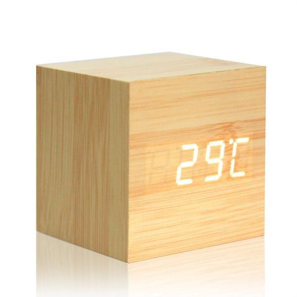 les 25 meilleures id es de la cat gorie radio reveil bois. Black Bedroom Furniture Sets. Home Design Ideas