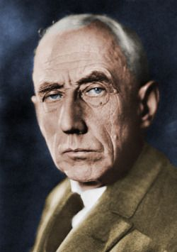 A colorization of Roald Amundsen in the 1920s