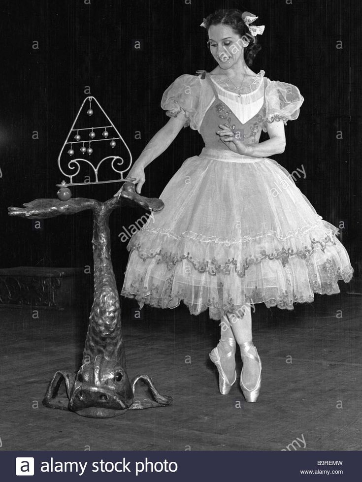 People s Artist of the USSR Olga Lepeshinskaya as Svanilda in Delibes ballet Coppelia staged at the USSR State Academic Bolshoi Theater.