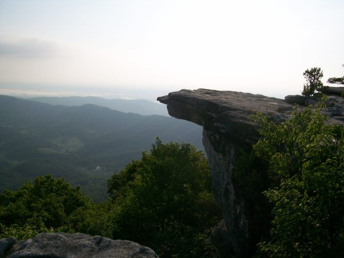 How To Section Hike Virginia Ii Pearisburg To Daleville The Trek Hiking In Virginia Appalachian Trail Hiking Appalachian Trail