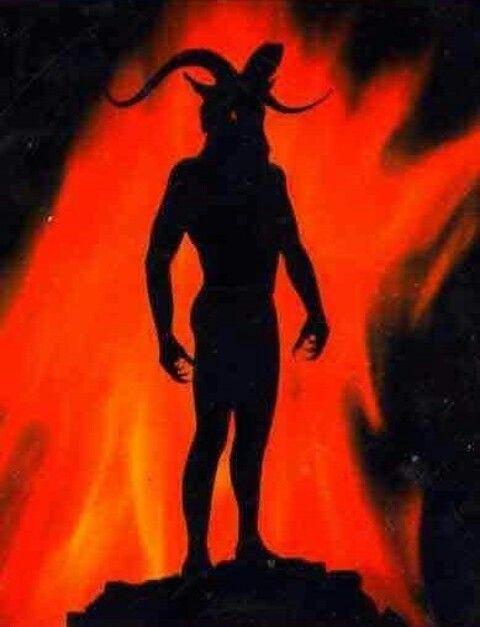 ...fu una visione differente da tutte le precedenti: solo Belzebù si presentava come fluttuante su uno sfondo di fiamme...