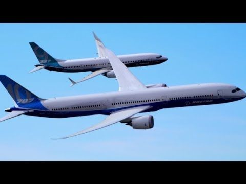 CNNMoney: See Boeing's two new jets fly in unison