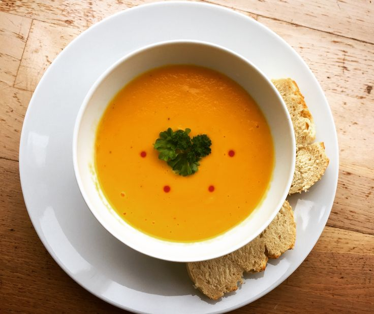 Revive your spirits with this easy, vegan-friendly carrot soup! A great staple in the fall/winter and great for packed lunches as well.