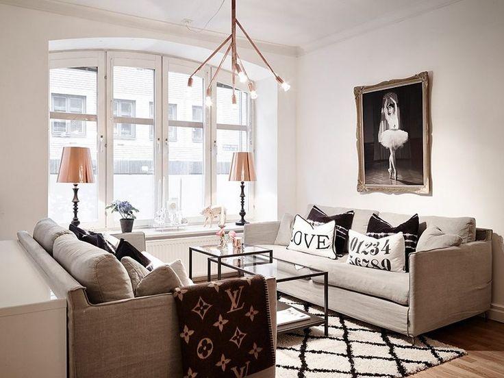 Swedish Apartment with Subtly Flamboyant Decor http://waveavenue.com/profiles/blogs/swedish-apartment-with-subtly-flamboyant-decor