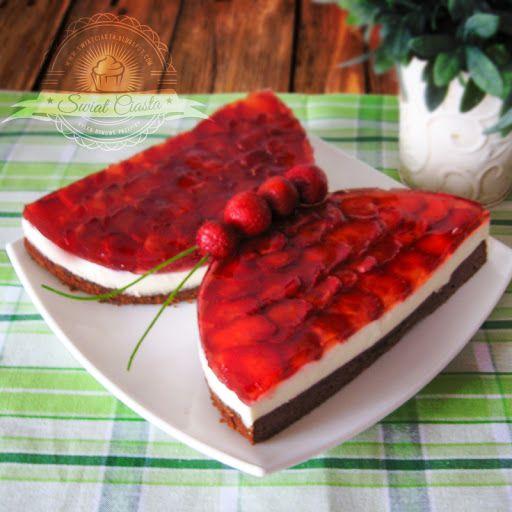 Truskawkowy motyl | Świat Ciasta