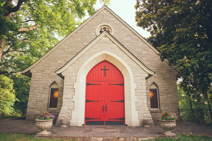 Log cabin church best red door georgia wedding venues for Compact cottages georgia