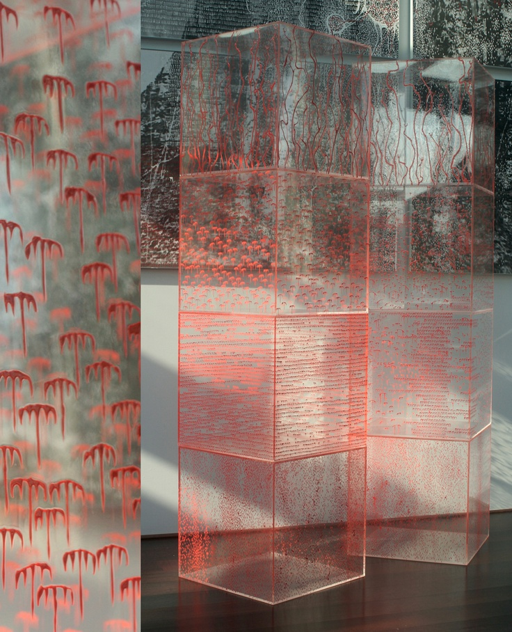 qUbE-hAuS - Modular elements - Plexiglas, acrylic, clear acrylic, lamp - Designer: Federico Gori