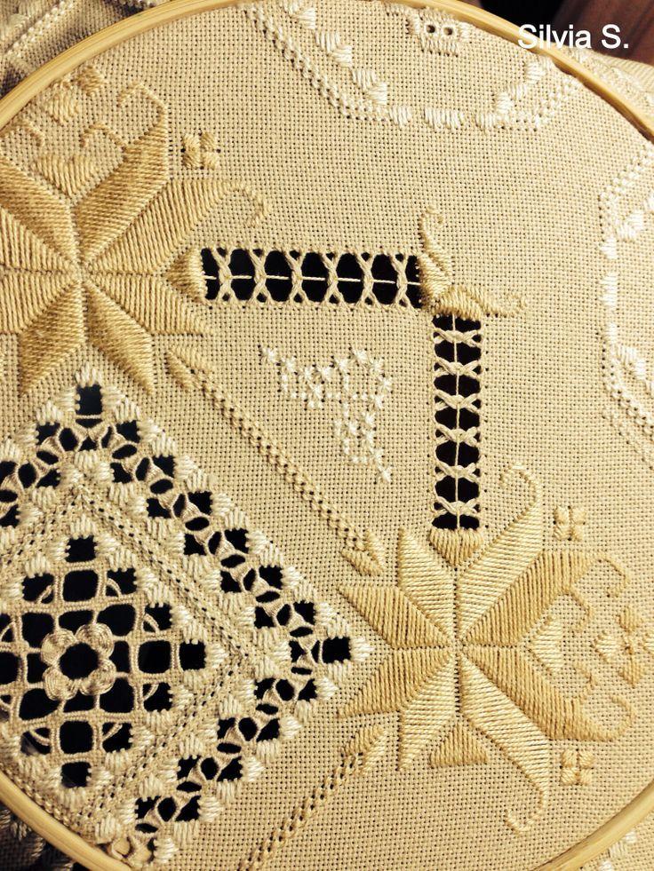 hardanger embroidery   Via Silvia Suarez
