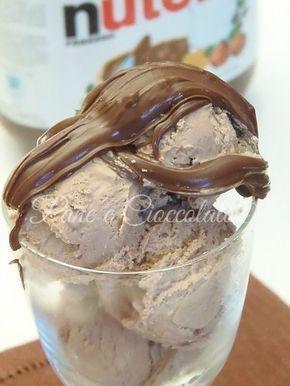 Gelato alla Nutella senza gelatiera che non ghiaccia in frigo | Ricetta