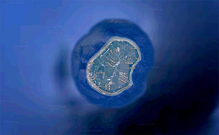 Nauru (21 km²)