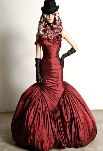 .: Fall Collection, 19Th Century Fashion, Ball Gowns, Style, Alexander Mcqueen Dresses, Alexandermcqueen, Fashion Art, Red Fabrics, Mermaid Gowns