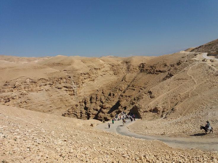 In drum spre Marea Moarta