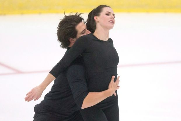 Tessa Virtue and Scott Moir practice their routine at Skate Canada's High Performance Camp in Mississauga, Ontario on Wednesday. (Chris Young/The Canadian Press)