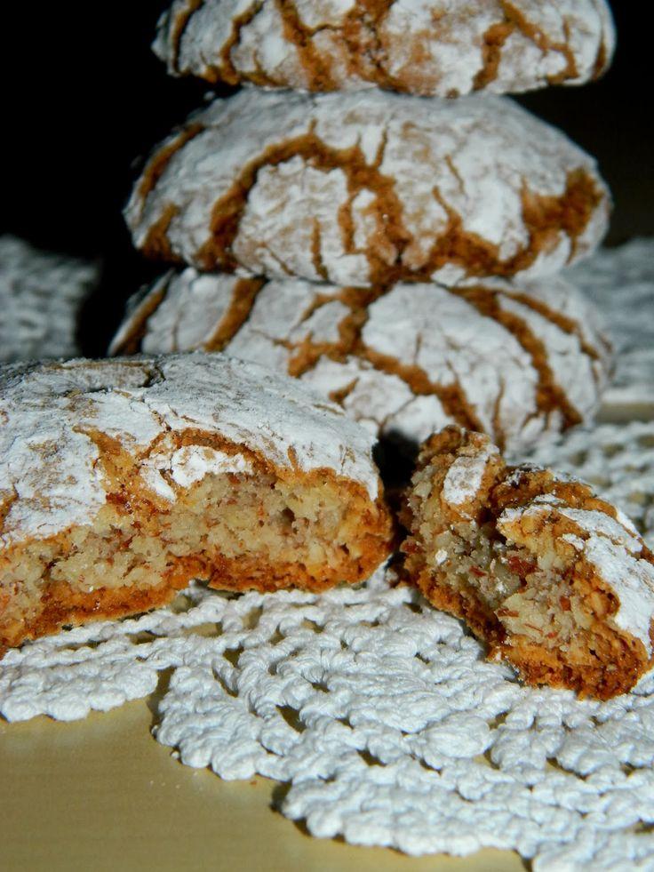 Migdałowe, chrupiące z wierzchu i mięciutkie w środku, pochodzące ze słonecznej Italii ciasteczka pokochali wszyscy domownicy. Zrobiłam ...