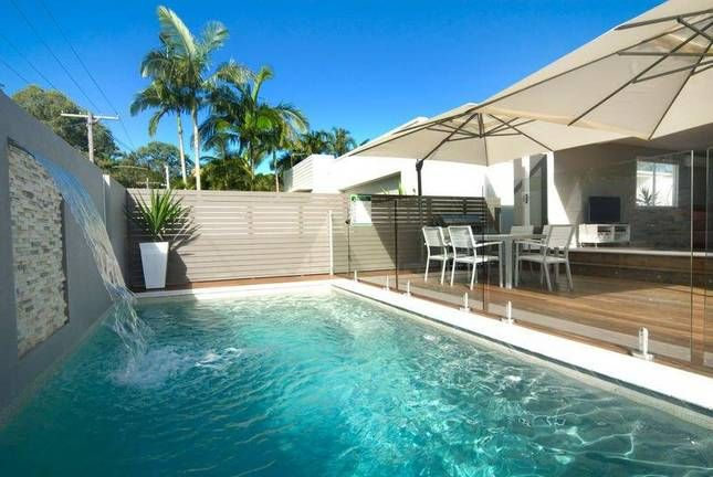 15 Tradewinds Avenue | Coolum, QLD | Accommodation $195 6 ppl min 2 nights linen supplied