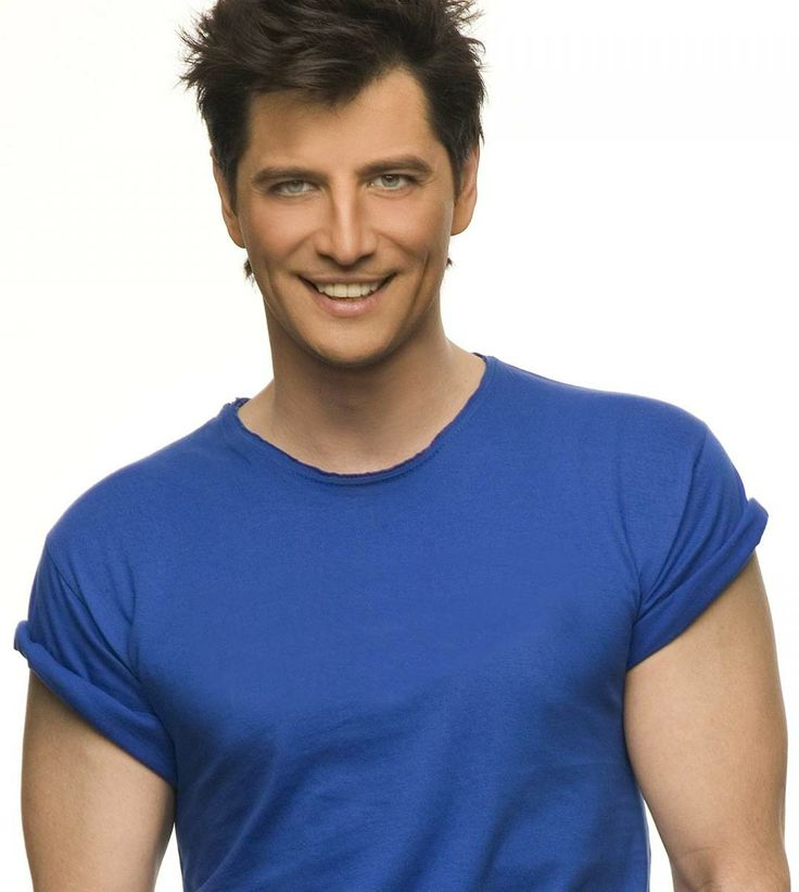Sakis Rouvas--one of Greece's first pop performers!!