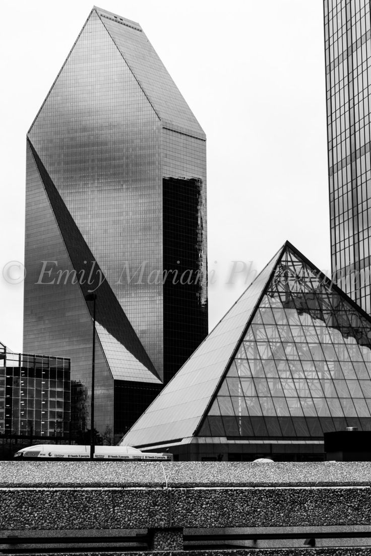 Dallas Texas, Photos of Dallas, Dallas Skyline Prints, Black and White Prints, Architecture, Prints of Buildings in Dallas Texas, Prints by pixANDpaints on Etsy