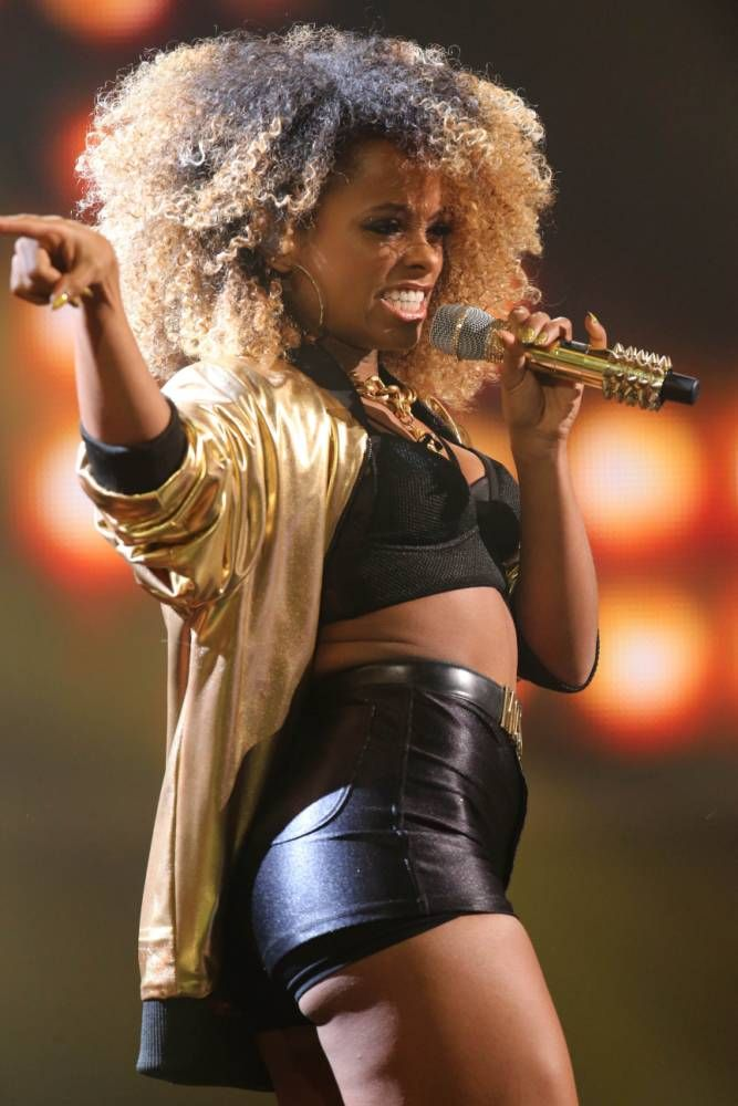 Fleur East's version of Uptown Funk from last Saturday's X Factor live show was a roaring success.