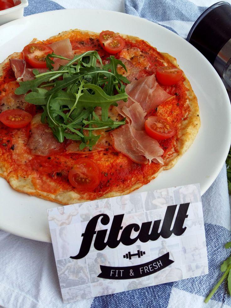 Pizza z tvarohového těsta