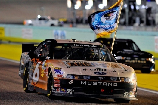 Ford Racing, Nov. 19, 2011 - Ricky Stenhouse Jr. captured the Nationwide flag (Nascar)