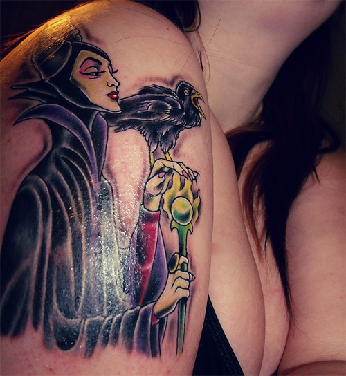 .This tattoo is awesome! Love, love, love the villains of Disney..