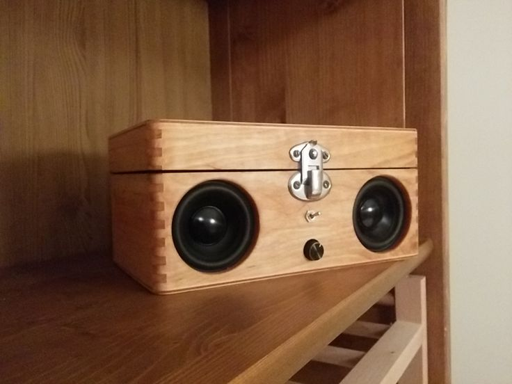 Portable Speaker From Old Wooden Box Wooden Boxes