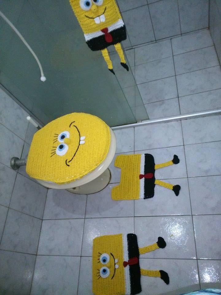 Jogo de banheiro personagem Bob Esponja, trabalhado em crochê, com barbante São João número 6