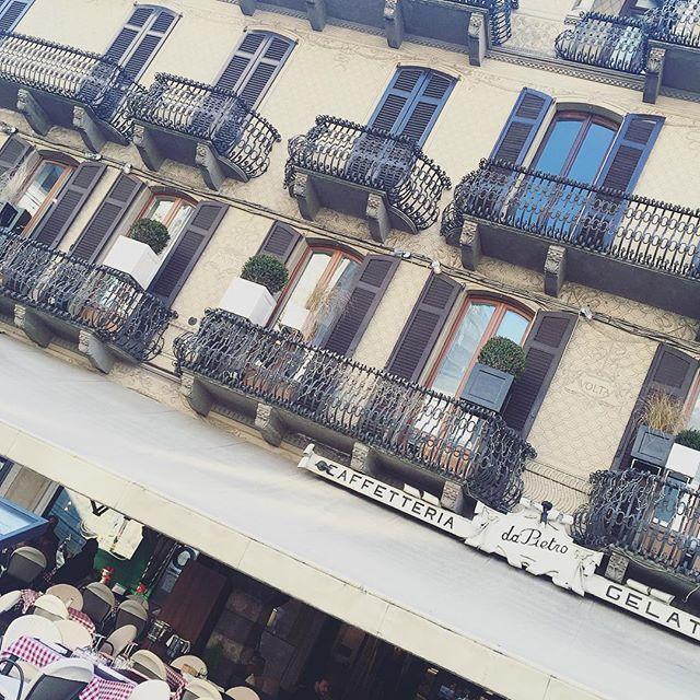 hangulat #como #italy #caffetteria #architecture #cityscape #centro