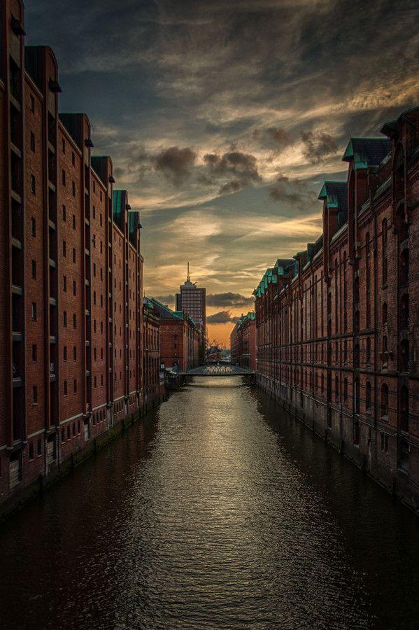 Hamburg by Matthias Beckmann on 500px