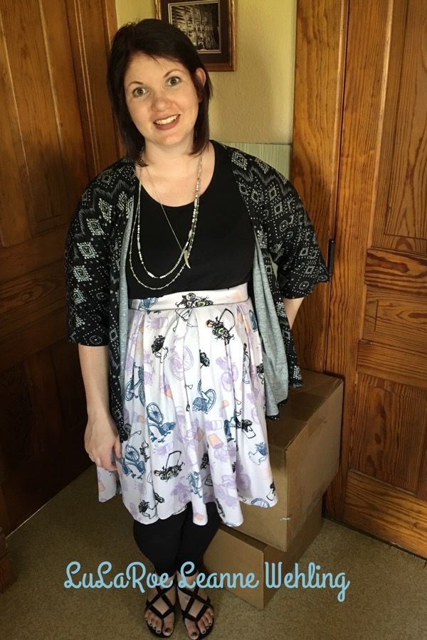LuLaRoe Madison Skirt, Classic Tee and Lindsay Kimono as maternity wear Https://m.facebook.com/groups/lularoeleannewehling Lularoeleannewehling@gmail.com