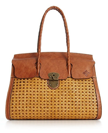 Vintage Inspired Patricia Nash Handbags for Spring. I want this so bad. Trying to talk myself both in and out of buying it!!