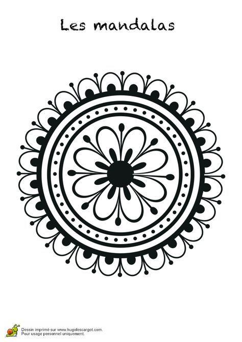 Un mandala rond avec une fleur à l'intérieur et des pétales à l'extérieur, coloriage pour enfants