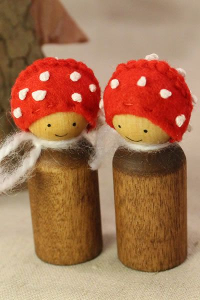 Waldorf-inspired Toadstool peg dolls!