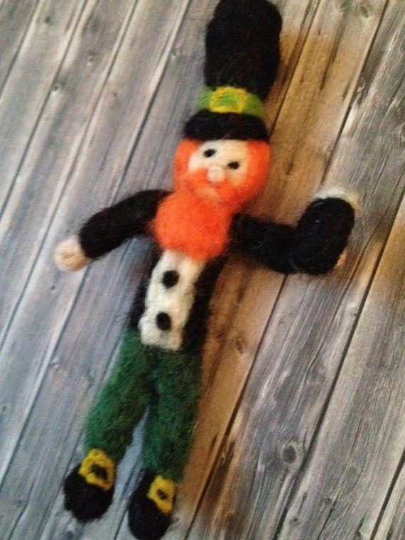 Leprechaun Guinness Gift St Patricks Day Ireland Irish Doll Wool Needle felted Shamrocks Ireland March trends Spring green Patrick mini boy