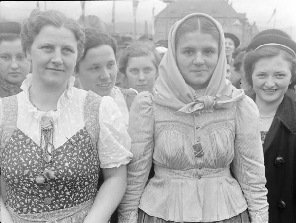 Czechoslovakia Bohemia- Reichenberg In Sudeten Region. Girls At S.D.P.  Rally Wear Party Badges.  (April 4, 1938) Nowadays Liberec, Northern Bohemia (Jizerské hory).