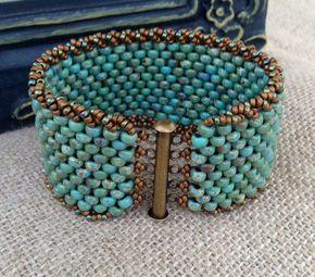 Peyote Cuff Beaded Bracelet Turquoise door CountryChicCharms