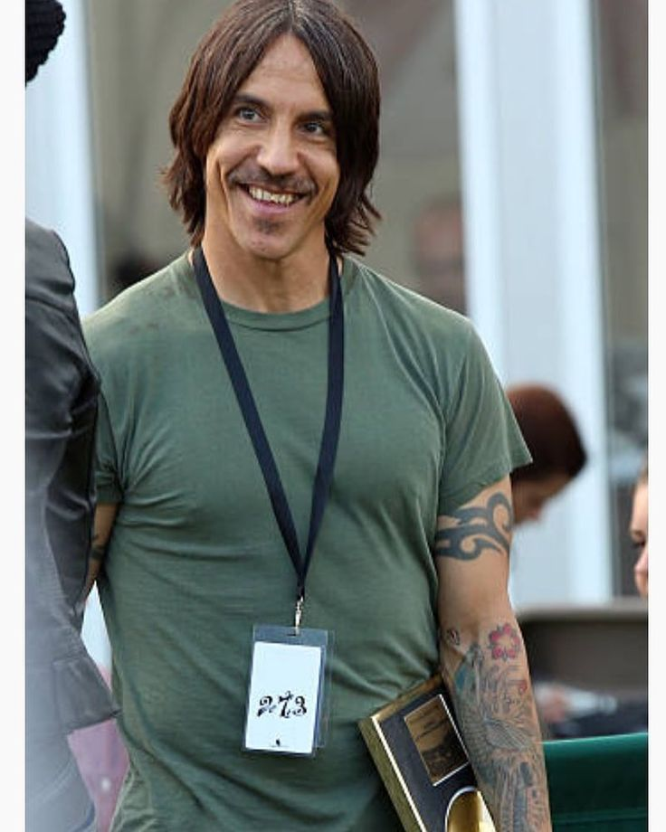 "1,578 Me gusta, 14 comentarios - Anthony Kiedis Fans (@anthonykiedisfansunofficial) en Instagram: ""Anthony Kiedis  backstage at The Isle of Wight Festival in Newport, Isle of Wight UK  June 14, 2014…"""