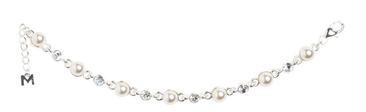 Pearls and crystal steal the show in this amazing bracelet from MMCrystal MADE WITH SWAROVSKI ELEMENTS. 601016-B