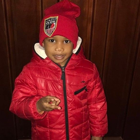 """S/O Baby D rocking his @epicteam6 """"America's Team"""" beanie. Let's keep pushing the movement.  @et6mac #epicteam6 #clothing #culture #independent #brand #urban #street #nyc #skatelife #streetwear #custom #design #fashion #icon #waves #fly #fresh #business #entrepreneur #dope #music #hiphop #legacy #tradition #ambition #determination #waves #paperchaser"""