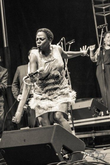 Sharon Jones RIP,  Thank you for your music, I've been fortunate enough to see you perform. You've  touched my heart. Fuck cancer.