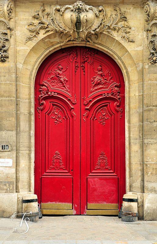 Rode deur, Parijs, Frankrijk