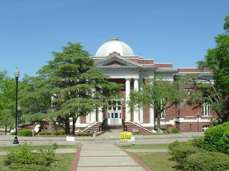 Tuskegee University: Tompkins side view