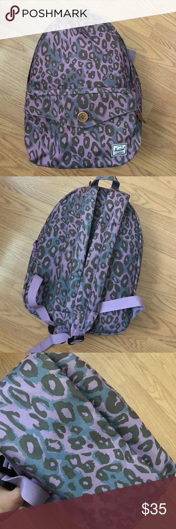 Backpack Herschel women's backpack. In great condition, hardly used! Price is firm, no trade! Herschel Supply Company Bags Backpacks