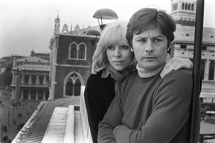 "@parismatch_magazine, Un jour en #France - #1977 - #AlainDelon et #MireilleDarc sur le tournage à #Venise du film "" L'homme Pressé "" d'#EdouardMolinaro. Photo: Benjamin Auger / #ParisMatch - Plus d'#archives sur @parismatch_vintage"